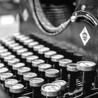 typewriter-407695_1920-e1584805155278-blackwhite
