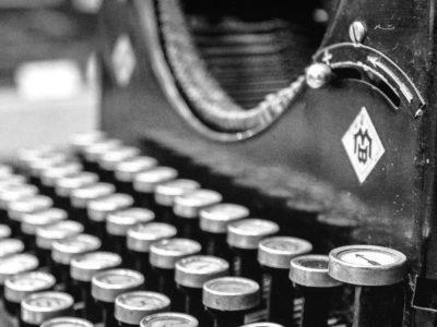 typewriter-407695_1920-e1584805155278-blackwhite