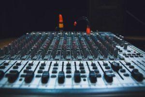 sound2_thumb_w453_h300